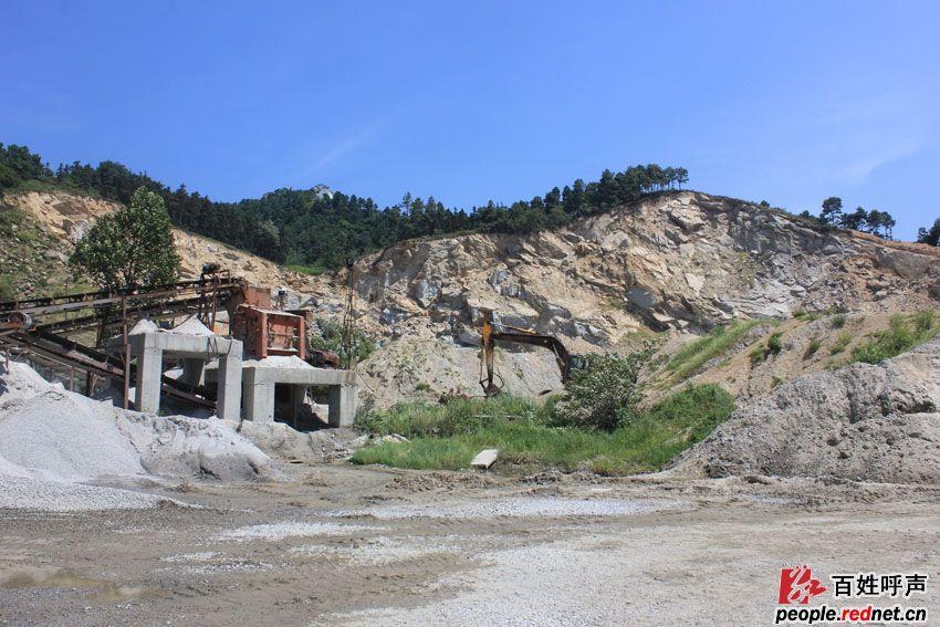 包的采石场严重破坏生态